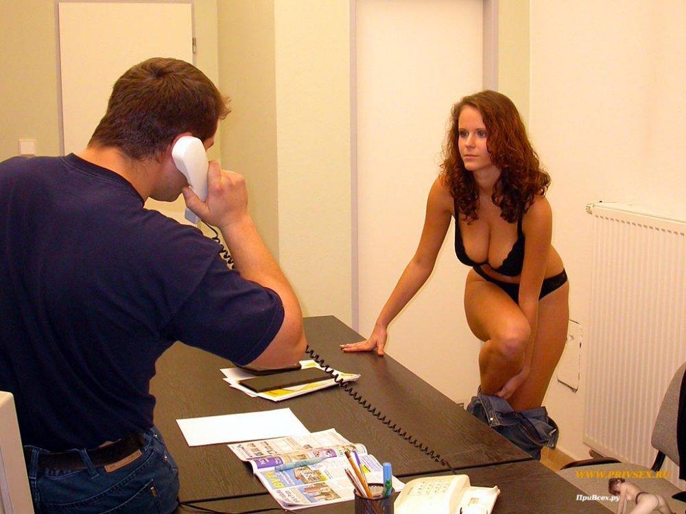 porno-grud-golie-na-sobesedovanii-aziatskiy-video