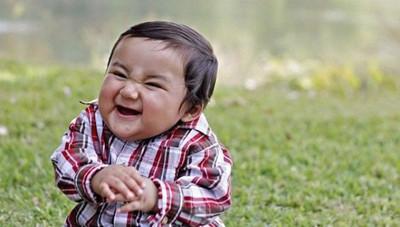 фото смеющийся ребенок