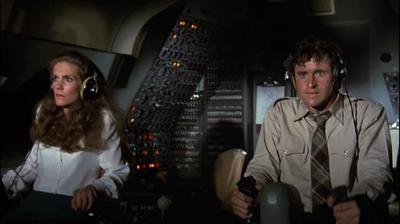 Двух стюардесс поимел весь экипаж