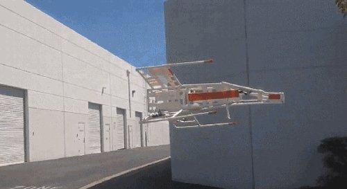 Что может быть лучше вертолёта на пульте управления? X-wing на пульте управления!