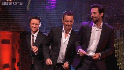 МакЭвой, Фассбендер и Джекман танцуют под Blurred Lines https://www.youtube.com/watch?v=ELwihE8dLTA