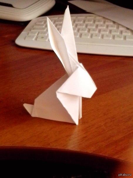 Кролик из бумаги :D Решил хоть как то скоротать время в 6 утра :D