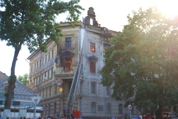 Пожар в Выборге Вот так... Одним красивым историческим зданием в Выборге стало меньше. Грустно было наблюдать....