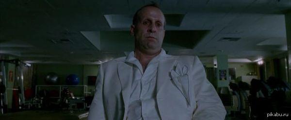 """Киношный Дьявол В ответ на <a href=""""http://pikabu.ru/story/kinoshnyiy_bog_2516711."""">http://pikabu.ru/story/_2516711</a> Из-за фильма """"Константин"""" я дьявола представляю как Питера Стормаре."""