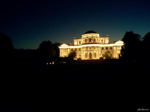 Ночной Питер Елагин дворец ночью, красиво) фоткал на китайца