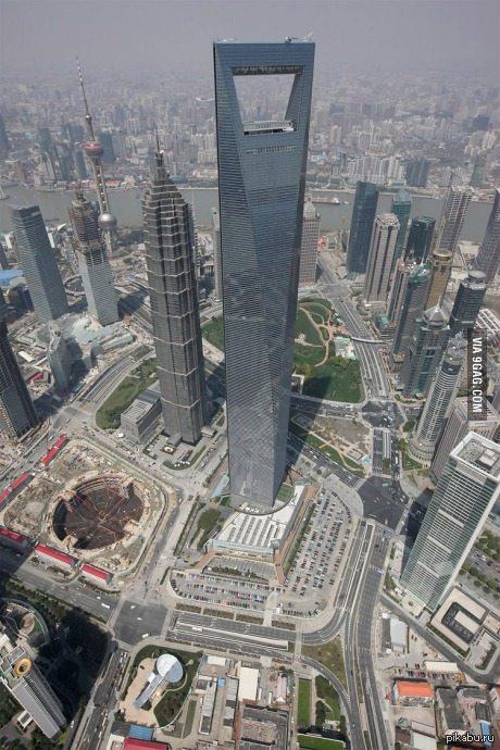 Самая большая открывашка в мире По совместительству самое высокое здание в Китае