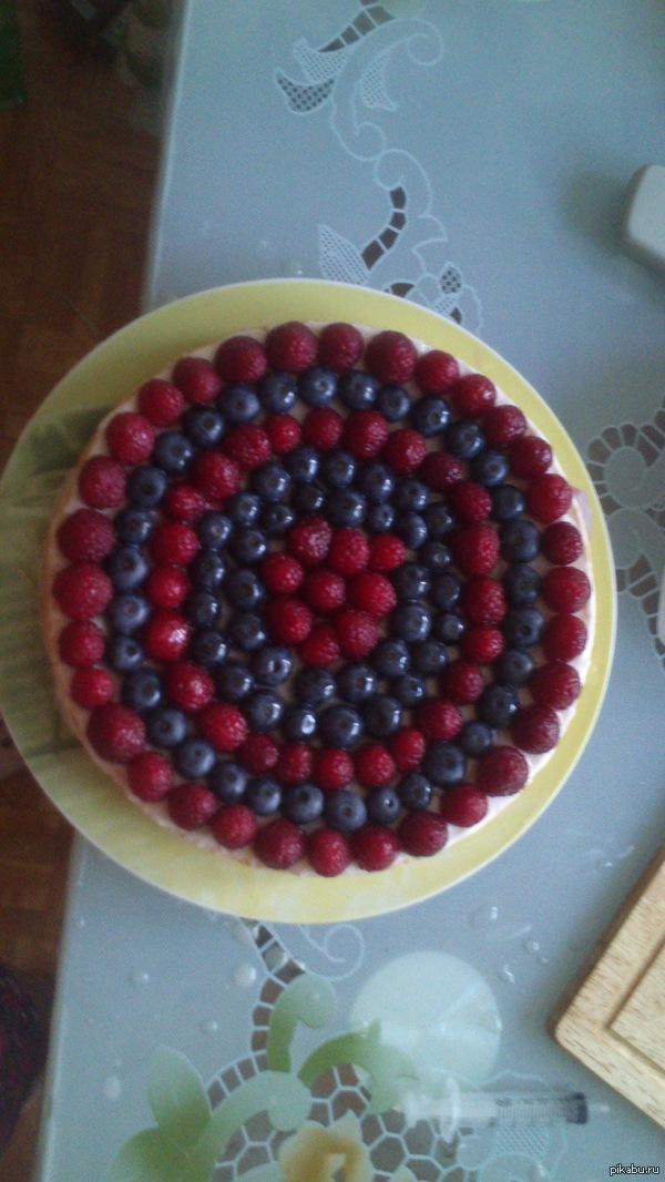 """Сделала своему мальчику торт :) """"Ад перфекциониста"""" :D"""