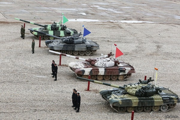 Гордость прямо распирает!!!!!:3 Российская команда заняла 1 место на чемпионате мира по танковому биатлону! 2 место в индивидуальном зачете у 3 российского экипажа!  Красавчики!!!