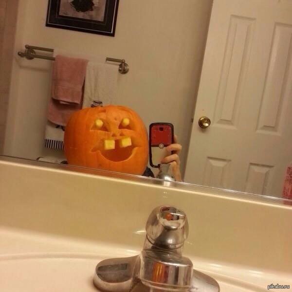 Народ как относитесь к Хэллоуину?