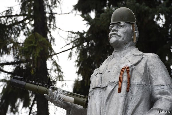 Ленин в Октябре!