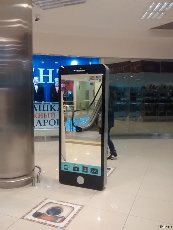 Айфон 8s+ в квадрате!
