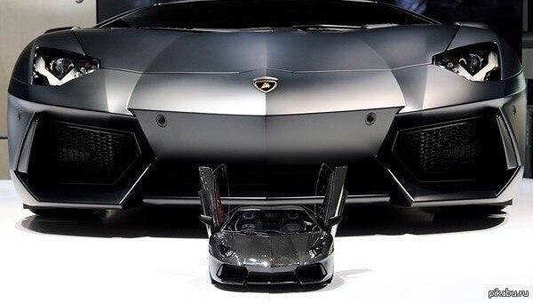 Бриллиантово-платино-карбоно-золотая игрушка Lamborghini Aventador LP 700-4 в масштабе 1:8, которая дороже оригинала в 12 раз.