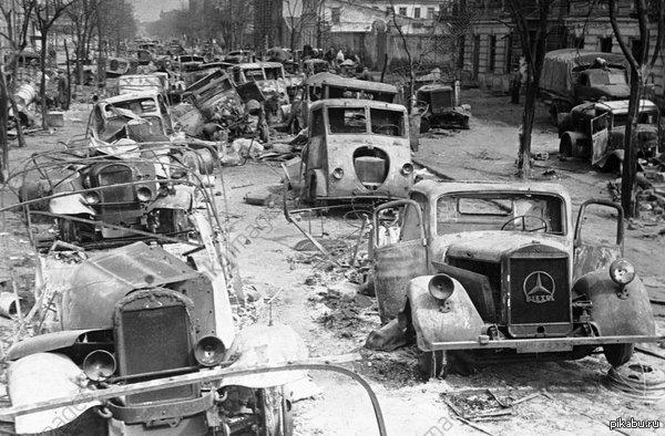 В освобождённой Одессе, 1944 год