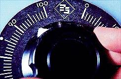GTA V и автонастройки Когда GTA говорит тебе, что у тебя не хватает видеопамяти, а ты все равно ставишь максимальные настройки