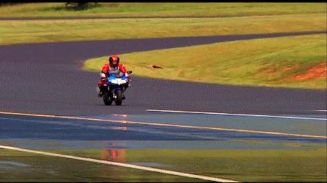 Торможение мотоцикла с ABS и без
