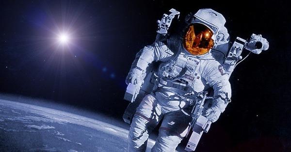 Стоит ли член в космосе