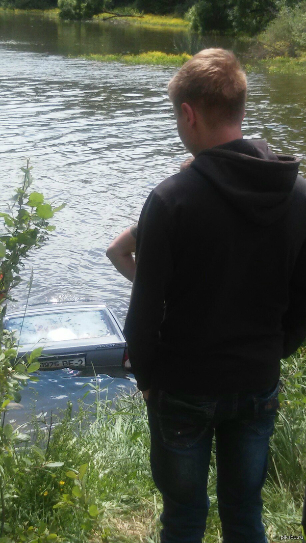 До сих пор немцы тонут в белорусских болотах. Как НЕ надо ездить на природу.