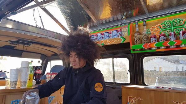 Фуд-трак по-монгольски уаз, буханка, фудтрак, Монголия