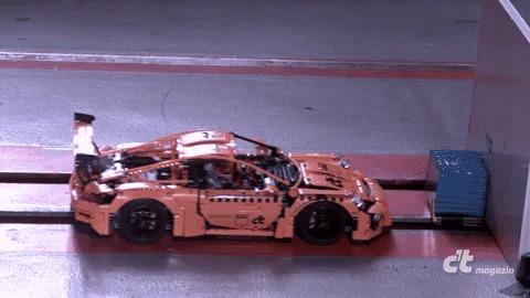 Краш-тест Lego Porsche