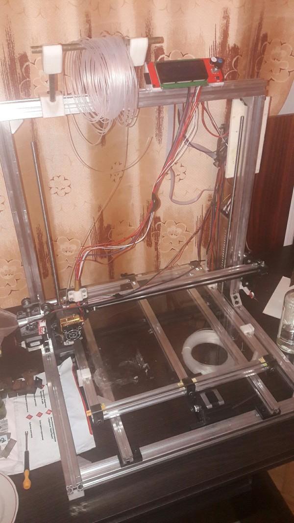 3d принтер с рабочим полем 400х400х400, могу ответить на вопросы постройки (перечень компонентов для сборки), и на другие вопросы...