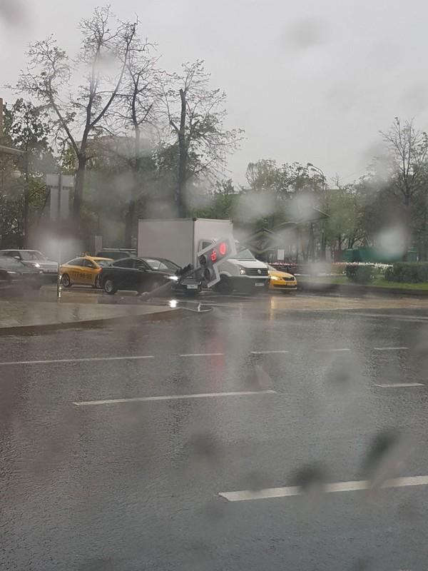 Москва. Грустные светофоры Москва, Светофор, Ураган, Центр города, Длиннопост