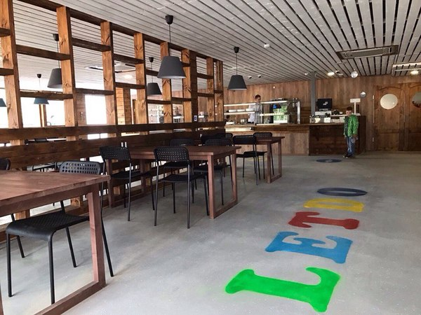 В Ленинградской области открылось кафе из контейнеров карготектура, дизайн интерьера, Ленинградская область, кафе, достопримечательности, Мурманск-Питер, длиннопост
