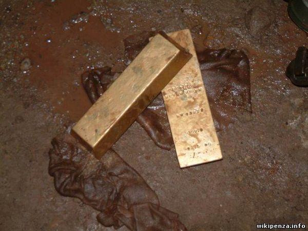 Необычная находка в бачке от противогаза золото, находка, металл, бачок, противогаз, солдат