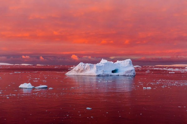 Закат в Антарктике