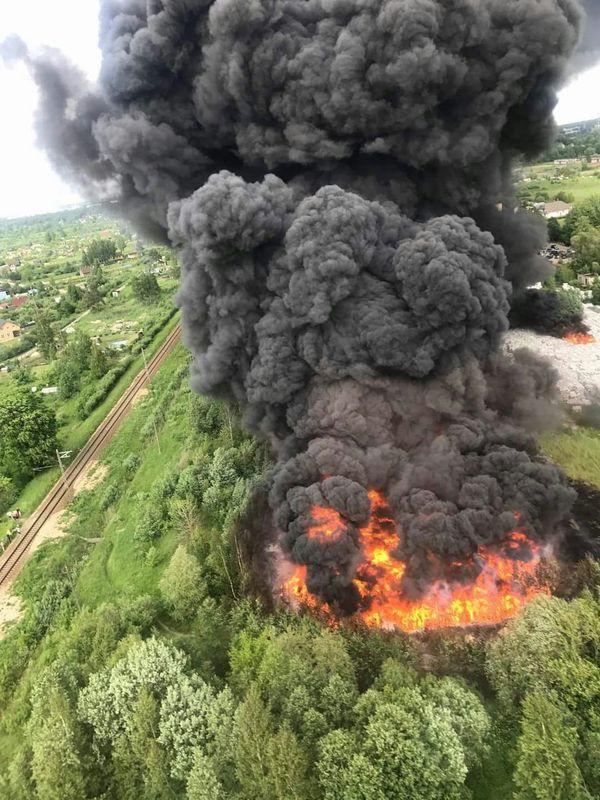 В Юрмале горит мусоро-перерабатывающая станция. Хана чистому воздуху. Латвия, Пожар, Юрмала, Огонь, Моё, Не мое, Длиннопост