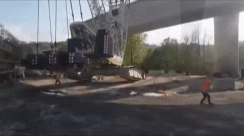 Падение огромного крана гифка, кран, падение
