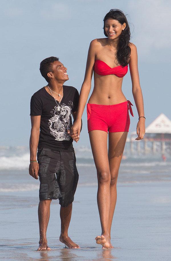 Высокие женщины и их секс с маленькими мужчинами