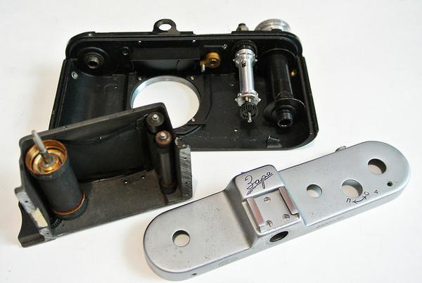 У нас в ремонте заря заря, фэд, Фотоаппарат, плёночный фотоаппарат, ремонт техники, у нас в ремонте, сделано в СССР, ремонт фототехники, видео, длиннопост