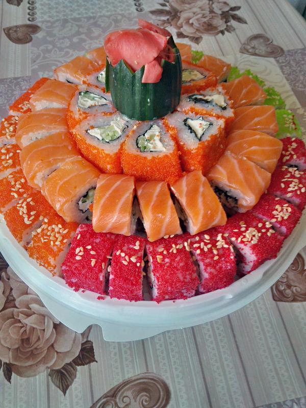 Торт из роллов Суши, Роллы, Торт, Еда, Романтический ужин, Сушишоп, Оригинально, Подача блюд, Длиннопост