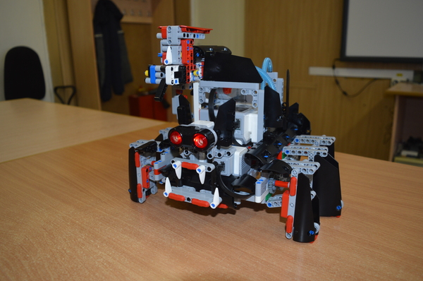 Боевой паук с пулеметом из Lego Робототехника, Lego, Паук, Боевой робот, Битва роботов, Arduino RS, Видео