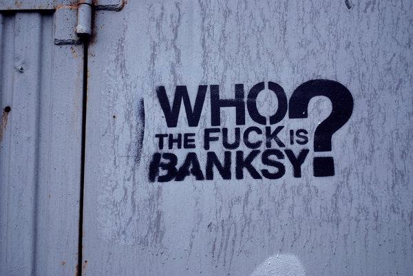 Британский музыкант Клиффорд Прайс случайно назвал имя художника Бэнкси (Banksy). Banksy, Бэнкси, Художник, Граффити, Искусство, Фотография, Длиннопост