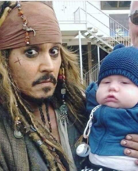 Будьте осторожны! Пираты воруют детей!