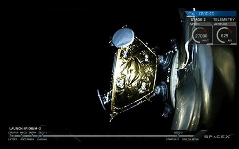 Развертывание спутника в космосе - Space X spacex, космос, спутник, гифка