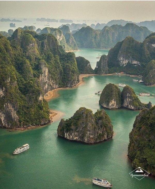 Халонг-Бей, Вьетнам