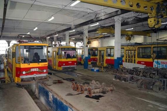 Один день и жизни водителя трамвая работа, трамвай, водитель трамвая, Барнаул, длиннопост