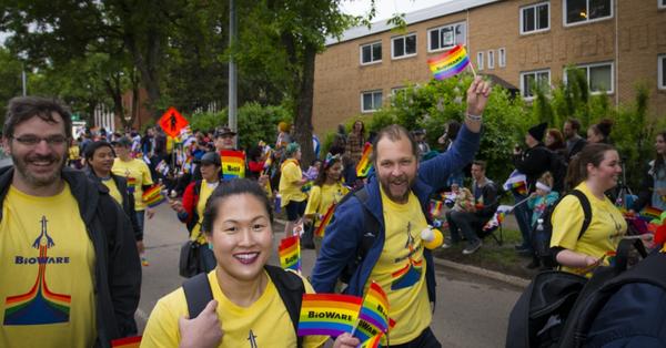 Сотрудники bioware на гей-параде (июнь 2017). Что бы они не выпустили, там будет еще больше геев и лесби Фотография, Bioware, Гей-Парад, Разработчики игр, Скатились, Длиннопост, Лгбт