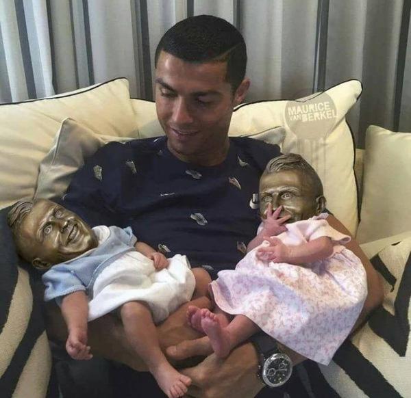 Дети Роналду - вылитый отец