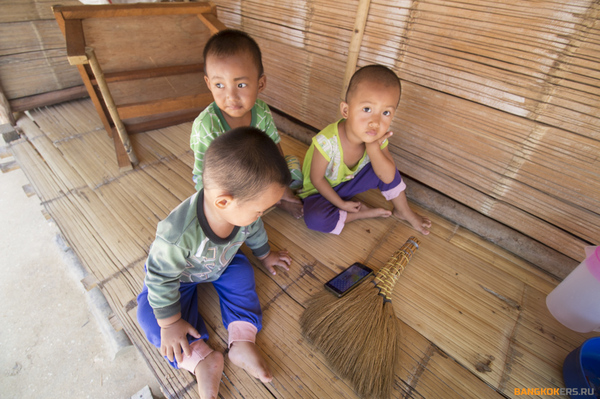 Тайская худышка дала себя видео фото 230-978