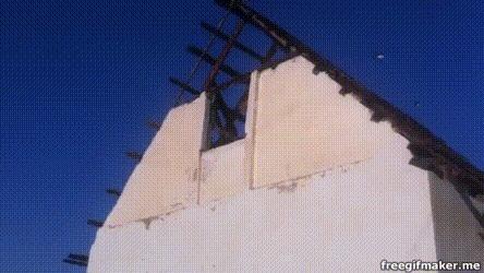 Быстрый демонтаж стены Демонтажные работы, Демонтаж, Дача, Стена, Гифка