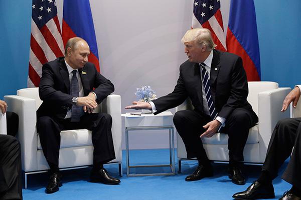 Кремль исключил встречу Путина и Трампа раньше саммита ...