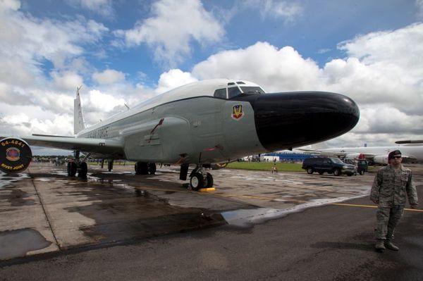 Самолет НАТО опасно сблизился с пассажирским лайнером над Балтикой мир, нато, авиация, балтика
