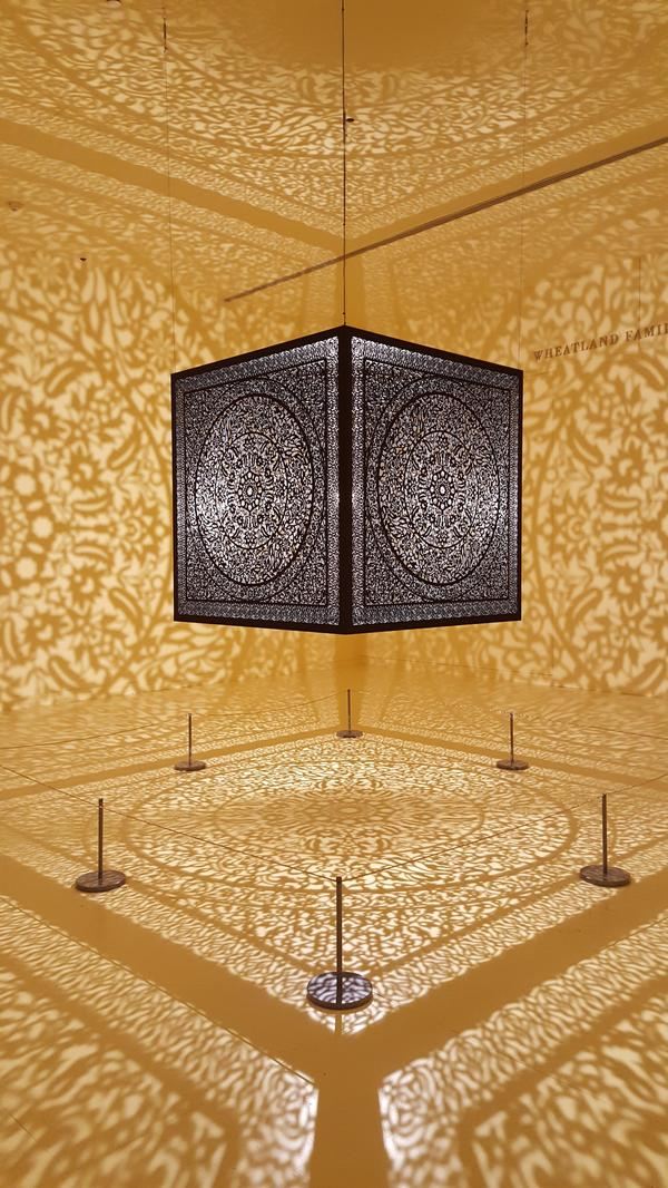 Комната теней - выставка в музее Пибоди Эссекс в Салеме, Массачусетс