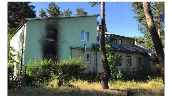 Десятки человек пострадали в результате нападения на монастырь на Украине. Украина, Политика