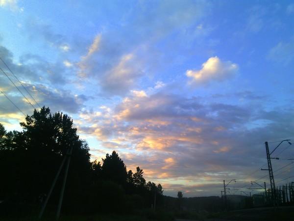 Подняв голову и рассматривая небо.. Облака, Небо, Длиннопост