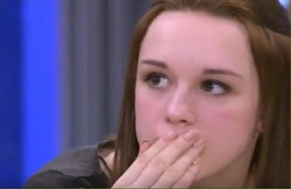 """В Ульяновске 14-летнюю """"маленькую мисс Россия"""" изнасиловали морковью на вписке дак как так то, куда котимся, морали, нет"""