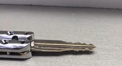 Отличная идея. Ключи в стиле ножа-бабочки